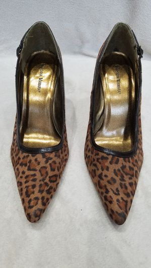Women's Varsavia Viamara cheetah print suede high heel shoes, size 9 for Sale in Ithaca, NY