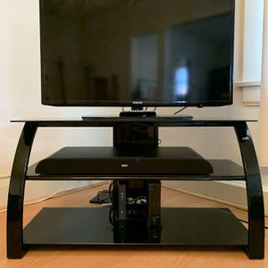 Bell'O TV Stand for Sale in Burbank, CA