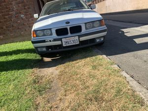 Bmw 325i 1995 PARTS TODAY ONLY for Sale in Whittier, CA