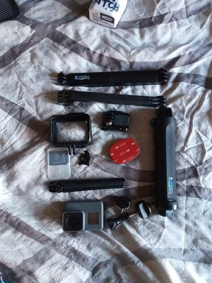Camera gopro hero 5 and cassette for Sale in Kent, WA