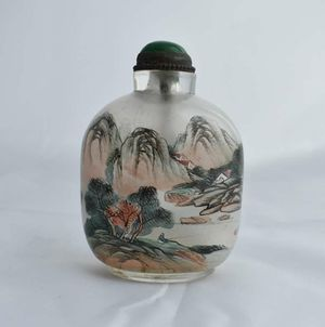 Chinese antique snuff bottle for Sale in Lake Elsinore, CA
