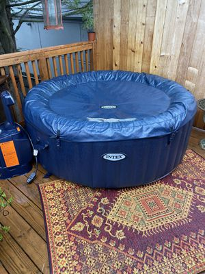 Hot tub for Sale in Seattle, WA