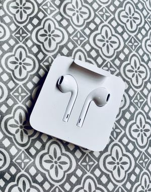 Apple Earbuds Wired Headphones for Sale in Macomb, MI