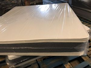 ORTHOPEDIC PILLOWTOP MATTRESS AND BOXSPRING for Sale in Naperville, IL