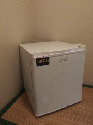 Emerson Mini Refrigerator for Sale in Dallas, TX