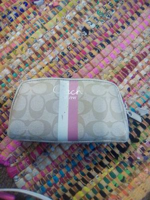 Brown and pink Authentic Coach Wallet for Sale in Tampa, FL