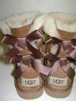 Ugg Boots for Sale in Tinicum Township,  PA