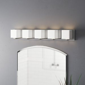 5 light fixture for Sale in Chicago, IL