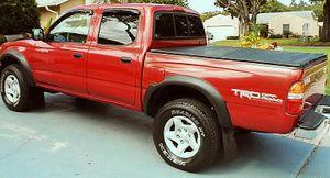 For sale 2003 Toyota Tacoma SR5Wheelsss-CleanTitle for Sale in Honolulu, HI