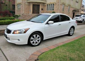 Beautiful 2010 Honda Accord FWDWheels for Sale in Cedar Rapids, IA