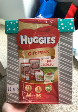 Huggies gift pack for Sale in Reedley, CA
