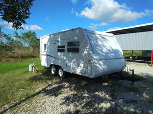 20 ft travel trailer. Pickup today for Sale in Pearland, TX