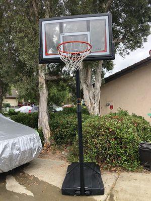 Lifetime Basketball Hoop adjustable for Sale in Carlsbad, CA