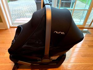 Nuna car seat and base for Sale in Liverpool, NY