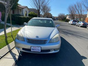 2002 lexus es 300 clean title 136k miles for Sale in Tracy, CA