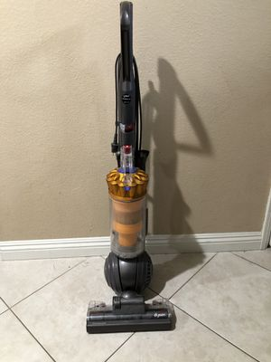 Dyson DC40 Vacuum for Sale in Tustin, CA