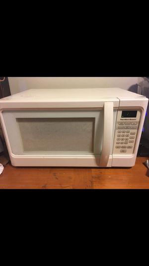 Microwave for Sale in Carpentersville, IL
