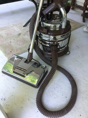 Vintage Working Filter Queen Vacuum for Sale in NC, US