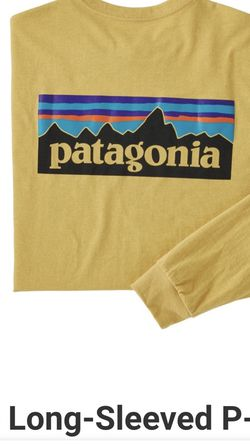 Patagonia Men's Long-Sleeved P-6 Logo Responsibili-Tee Size Large Surfboard Yellow NEW for Sale in Hawthorne,  CA