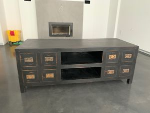"Antique coffee table/tv stand 24""deep, 59"" long,23"" height for Sale in Ringwood, NJ"