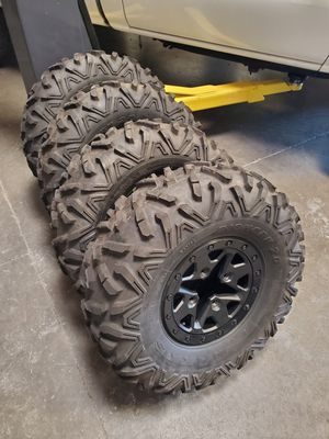 Can am x3 xrs wheels and tires for Sale in Glendale, AZ