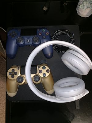 PS4 (2 Controllers + Sony Headphones + Games) for Sale in Shelby, OH