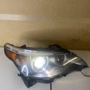 04 05 06 07 BMW E60 525i 530i Xenon HID Headlight w/Adaptive Passenger Right for Sale in Burbank, CA