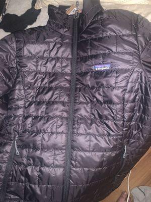 Patagonia puff coat medium for Sale in San Pablo, CA