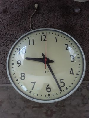 Vintage Simplex electric wall clock for Sale in Taylor, MI