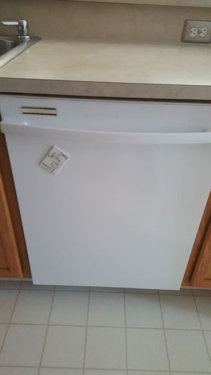 Whirlpole dish washer for Sale in Sterling Heights, MI