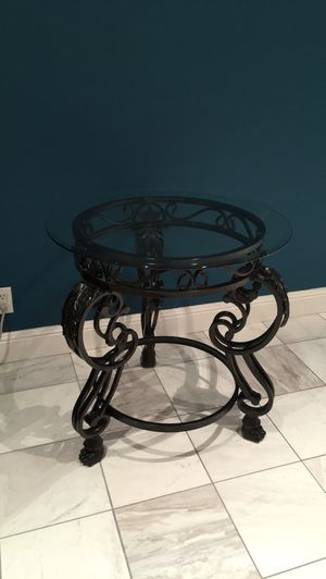 Side table for Sale in Union City, CA