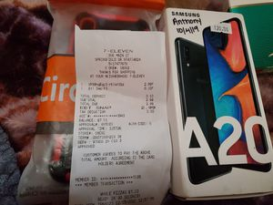 Metro pcs/ tmobile samsung a20 on my way back to eugene last chance for Sale in Portland, OR