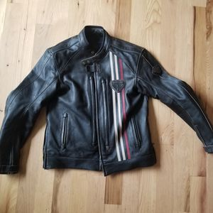 Triumph Raven Leather Motorcycle Jacket for Sale in Bothell, WA