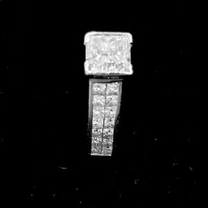 Engagement Ring for Sale in Aurora, IL
