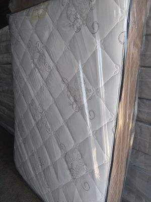 New orthopedic queen mattress and box spring FREE DELIVERY for Sale in Las Vegas, NV