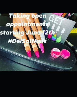 Full set starting off at $20.00 summer special! Book now slots filling up fast! for Sale in Lewis Center, OH