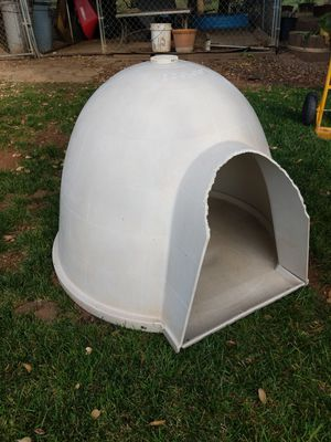 """Dog House """"Dogloo"""" for Sale in Yucaipa, CA"""