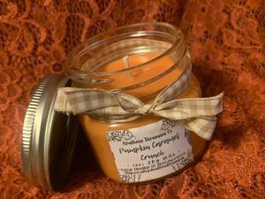 8 oz soy candle for Sale in Waynesboro, PA