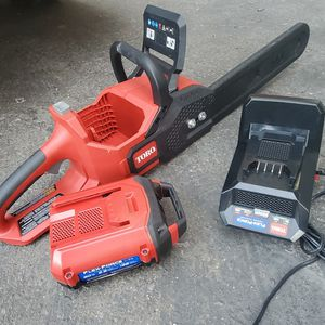 Toro Chainsaw Motocierra 16 Inch Bar Battery for Sale in Los Angeles, CA