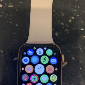 ⌚️Apple Watch Serie 5 GPS and CELLULAR 44mm⌚️ for Sale in Tampa, FL