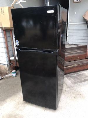 Refrigerator for Sale in El Cajon, CA