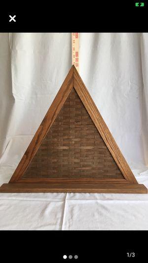 Longaberger Triangle Shelf for Sale in Ashville, OH