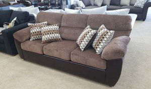 Sofa bed /floor model 2Q for Sale in Pomona, CA