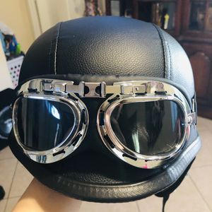 Helmet, brand new for Sale in Gilbert, AZ
