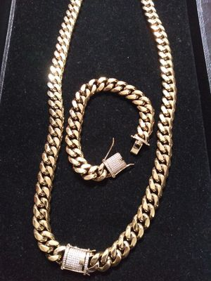 Black Friday Sale!! 14kt Gold Filled Cuban chain and Bracelet set!! All sizes available!! Best Top Quality!! Custom Work Available!! for Sale in Benton, AR