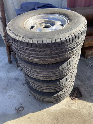 Tires with rims for Sale in Jurupa Valley, CA