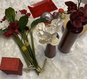 Home decor, vases, flowers and more for Sale in Houston, TX