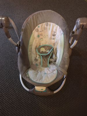 Baby rocking swing for Sale in Nashville, TN