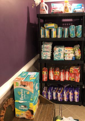 Baby stockpile: luvs $3.50 huggies $5.00 pampers $6 wipes $1 (56 ct) for Sale in Stone Mountain, GA