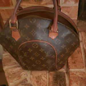 Louis Vuitton Eclipse Handbag for Sale in Fort Worth, TX